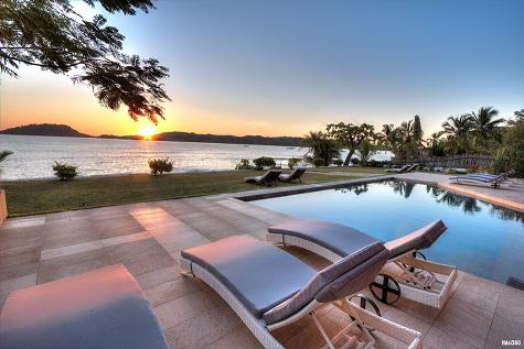 Villa Nosy Be pool
